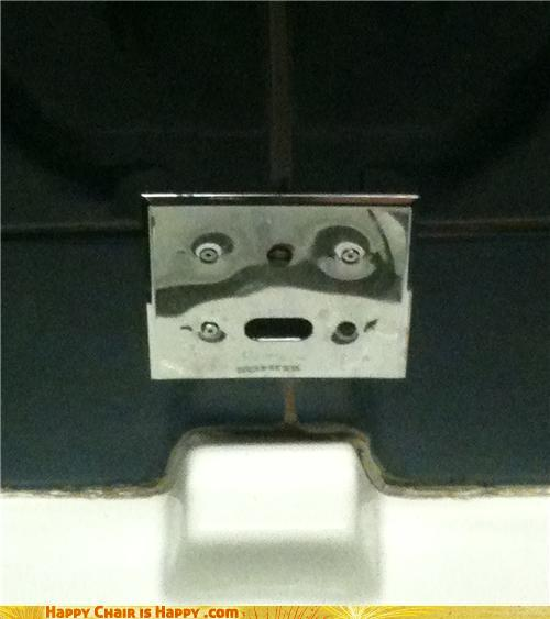 Objects With Faces-Auto Flush Is Not Sure If He Can Flush THAT