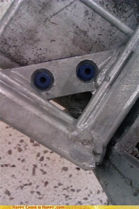 Objects With Faces-OH MY GOD! What a Great Photo!